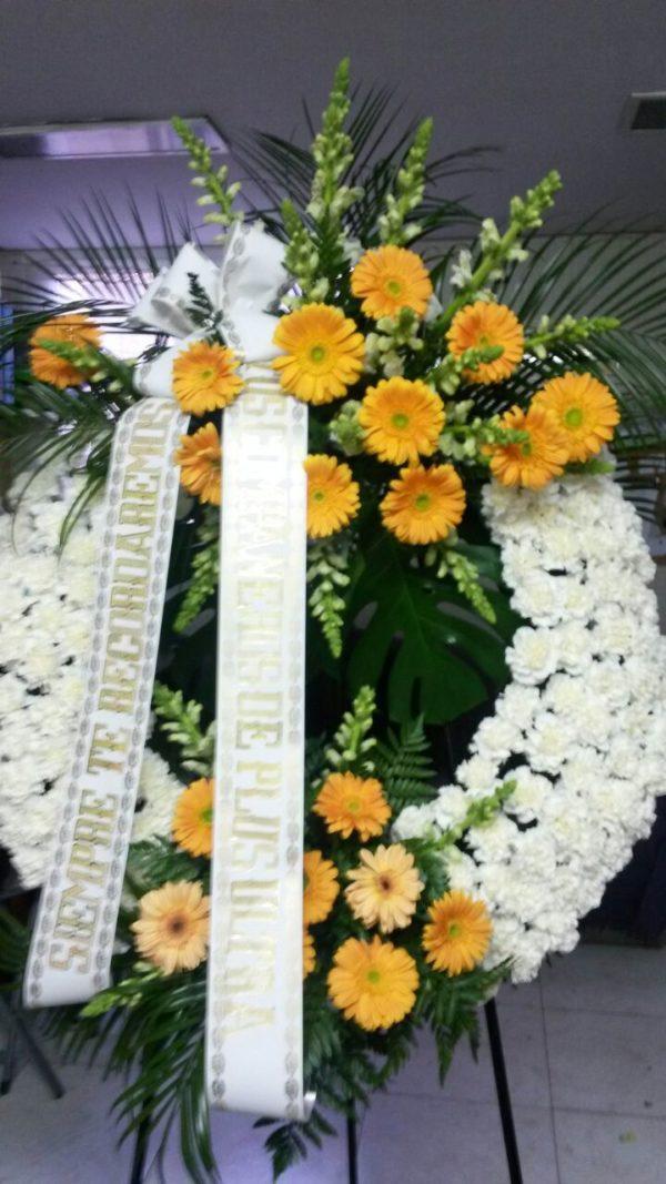 Corona Funeraria Claveles y Gerberas