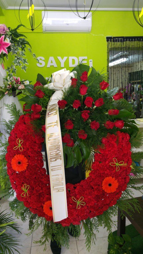 Corona Funeraria Rosas y Gerberas Rojas