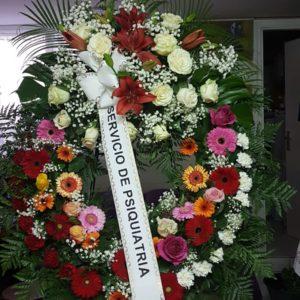 Corona Funeraria de Claveles, Gerberas, lilium y Rosas
