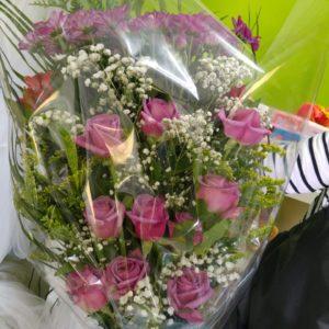 Ramo Mortuorio Rosas Moradas